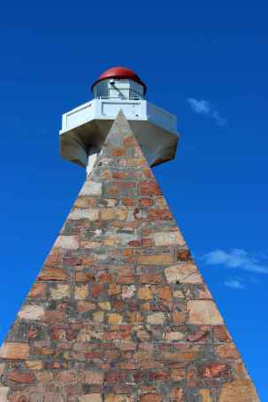 1-PE-Donkin-lighthouse-2